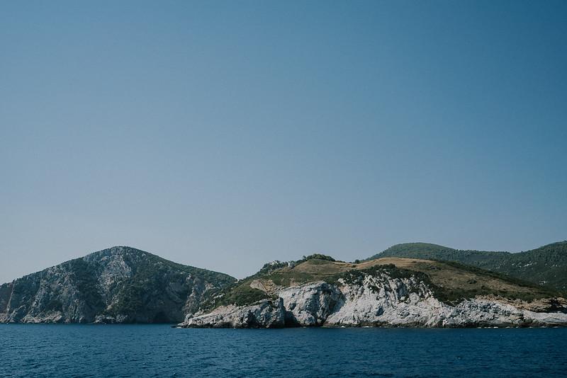 Tu-Nguyen-Destination-Wedding-Photographer-Skopelos-Skiathos-Kayla-Kostas-12.jpg