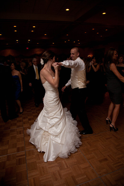 2011-10-22-Elissa-&-Adam-1474.jpg