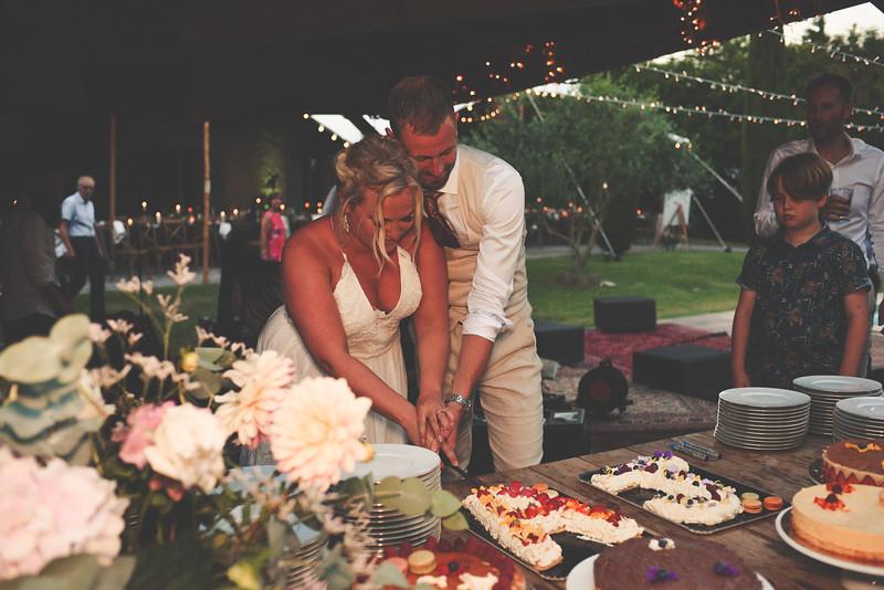 Awardweddings.fr_Amanda & Jack's French Wedding_0964.jpg