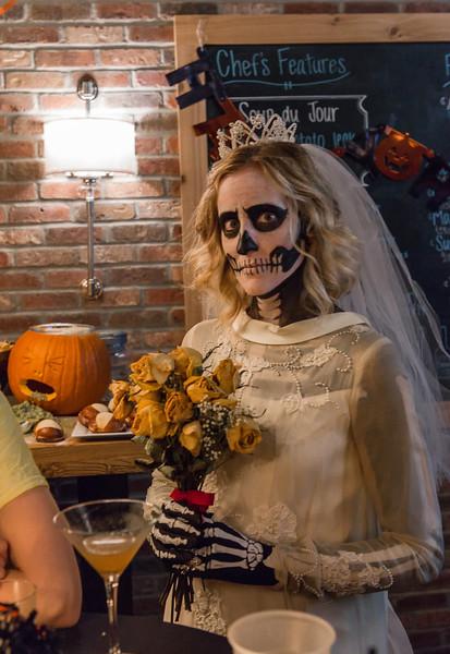 Apres Halloween