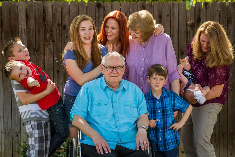 03-27 Hanson Family-113.jpg