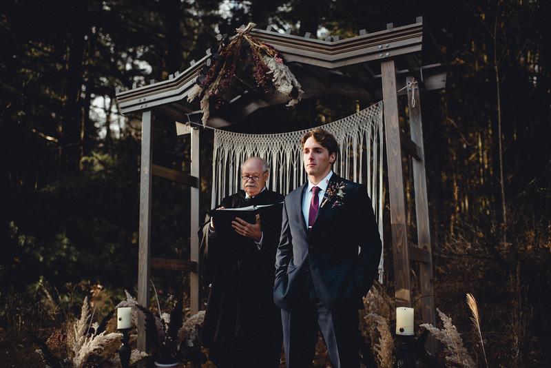 Requiem Images - Luxury Boho Winter Mountain Intimate Wedding - Seven Springs - Laurel Highlands - Blake Holly -955.jpg