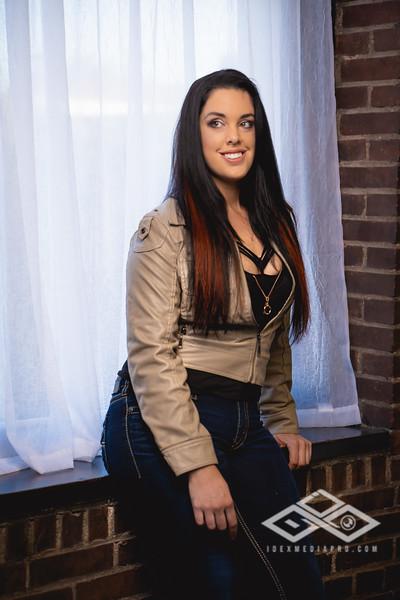 Brooke S-05281.jpg