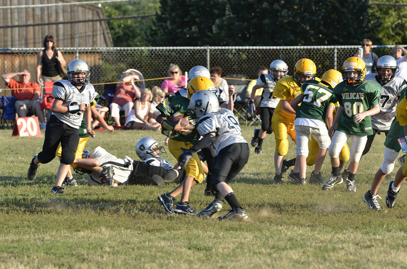 Wildcats vs Raiders Scrimmage 084.JPG