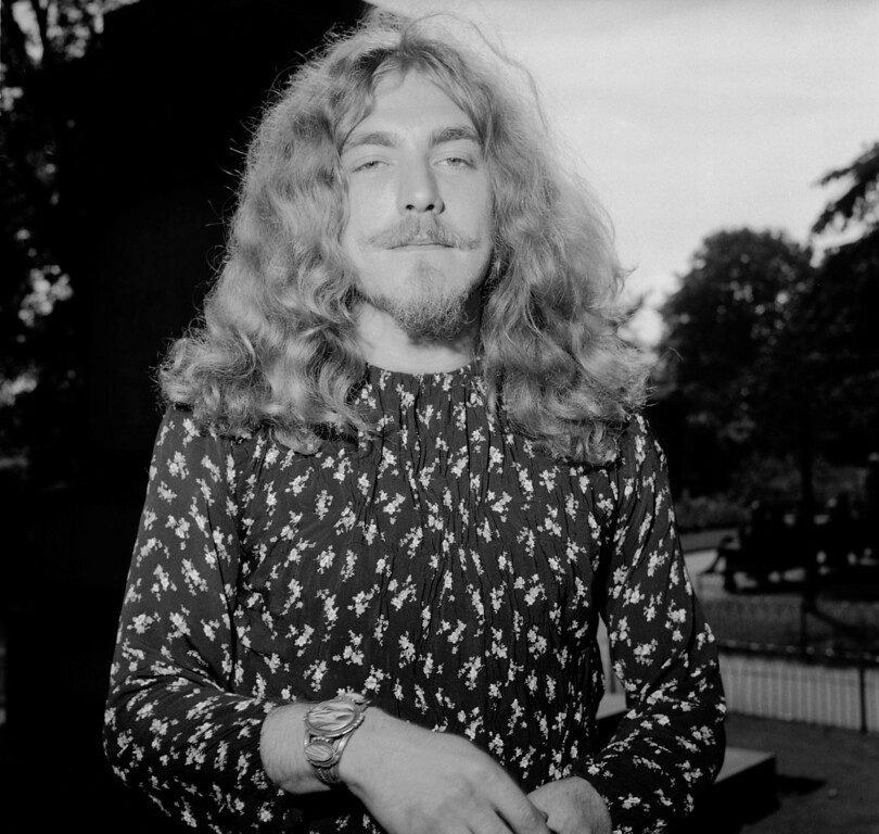. 16th September 1970:  Lead singer of rock band Led Zeppelin, Robert Plant, after receiving his Melody Maker Award for Best British Male Singer.  (Photo by Roger Jackson/Central Press/Getty Images)