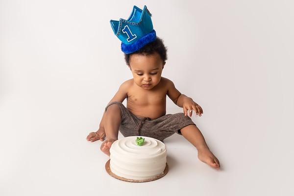 Blake B. (1st Birthday Cake Smash)
