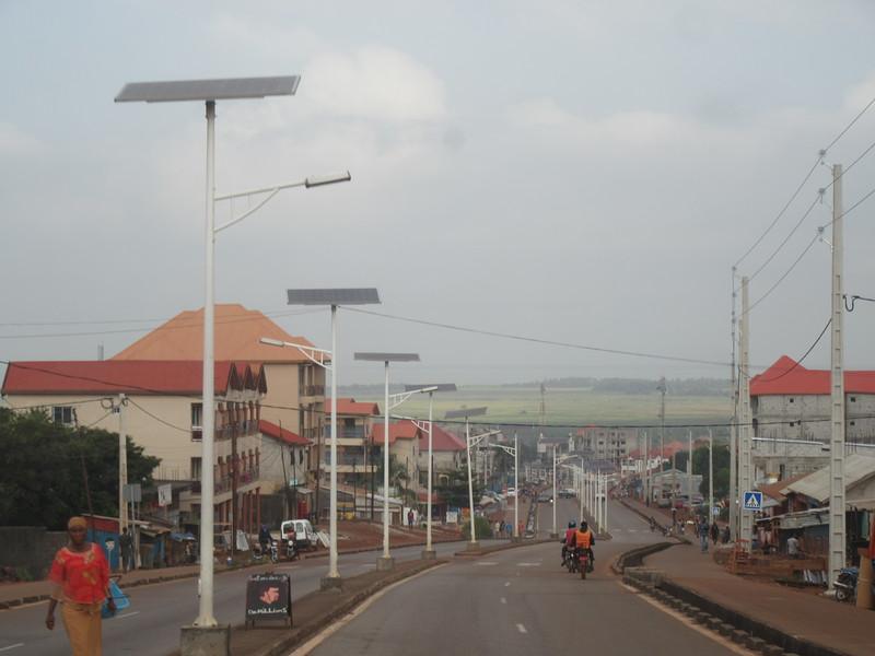 007_Guinée. Route de Conakry à Dubreka.JPG