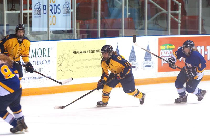 20130310 QWHockeyvsUBC 464.jpg