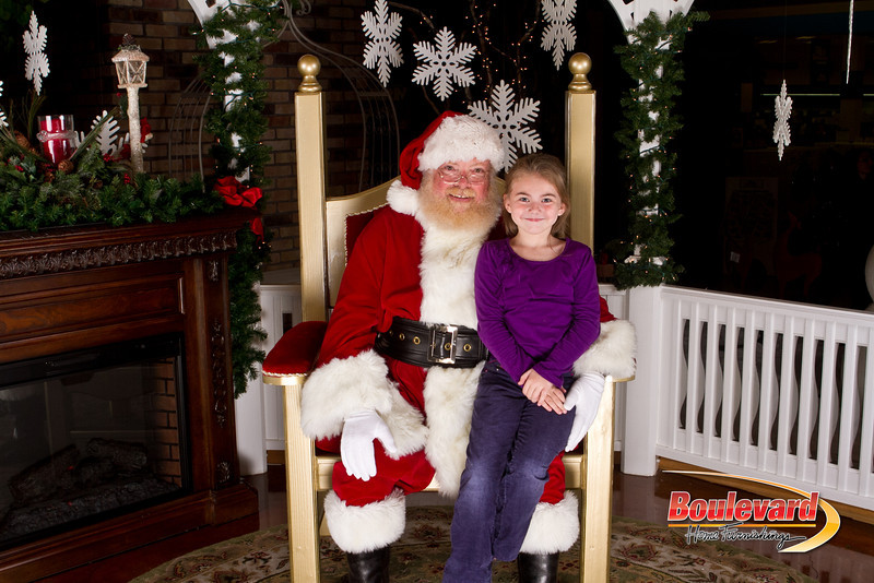 Santa Dec 15-139.jpg