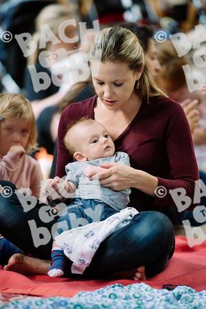 © Bach to Baby 2017_Alejandro Tamagno_Victoria Park_2017-07-12 042.jpg