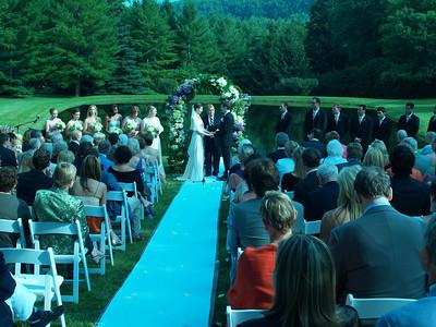 Extravagant Weddings and Decor