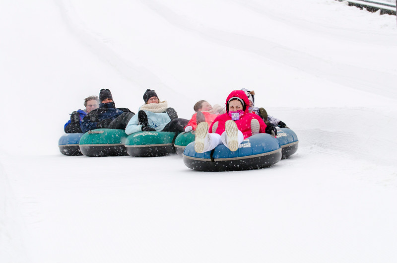 Opening-Day-Tubing-2014_Snow-Trails-71048.jpg