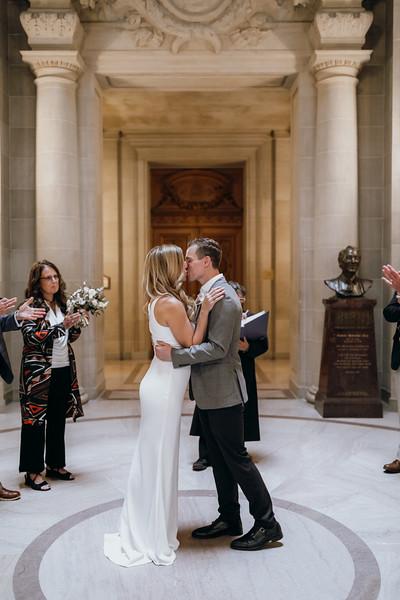 2018-10-04_ROEDER_EdMeredith_SFcityhall_Wedding_CARD1_0214.jpg