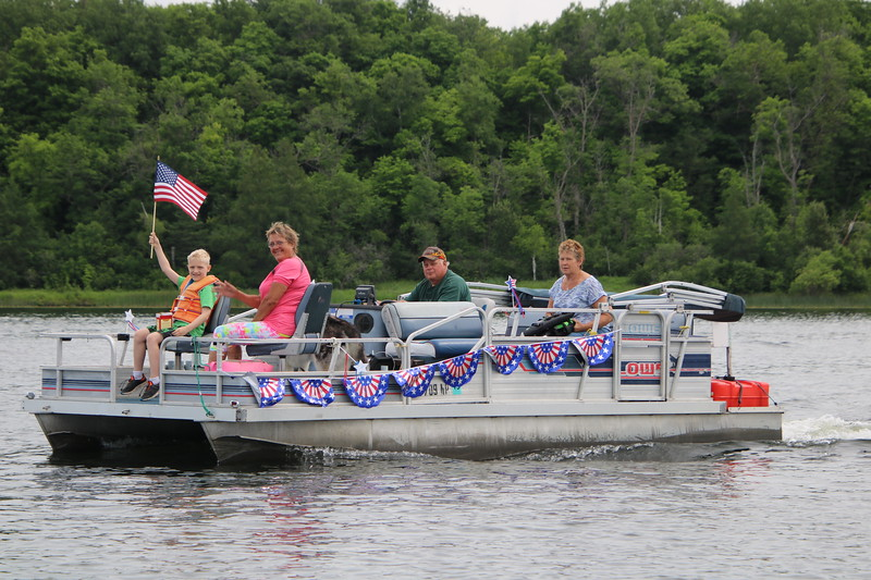 2019 4th of July Boat Parade  (68).JPG