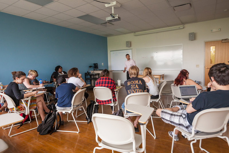 Classroom Photography - Matty Wegehaupt-18.jpg