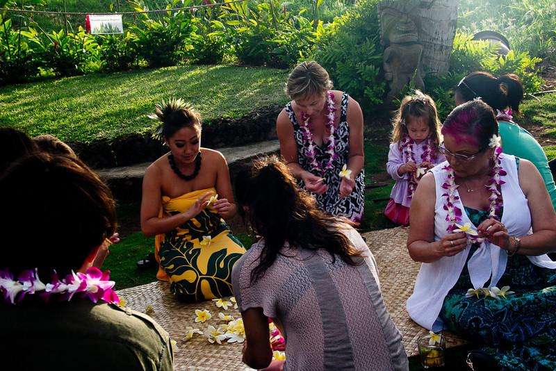 old lahaina luau making lei.jpg