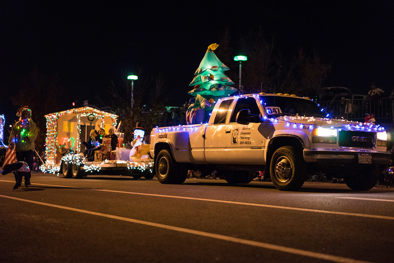 Light_Parade_2015-08173.jpg