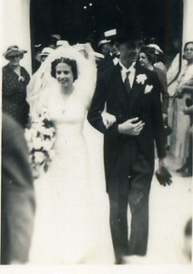 Snoa wedding Mammie and Pappie - 13 March 1938