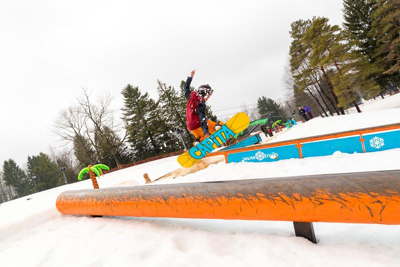 Pool-Party-Jam-2015_Snow-Trails-880.jpg