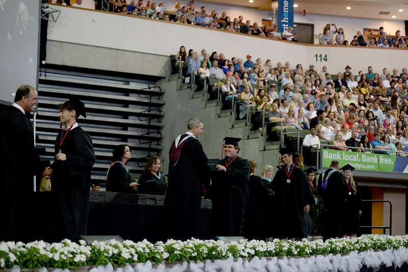 VRHS-Graduation_019.jpg