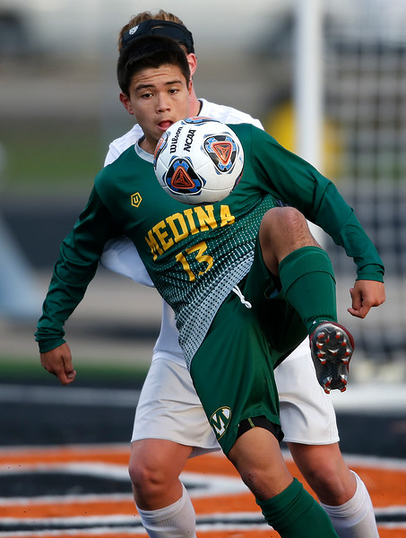 Medina boys beat Stow to advance to state semifinals