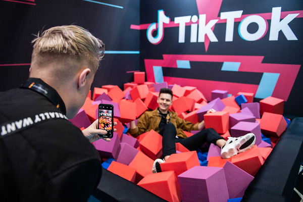23/2/20 VidCon London