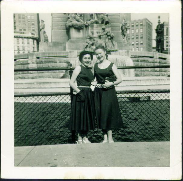 Inge Schroeder & Mom