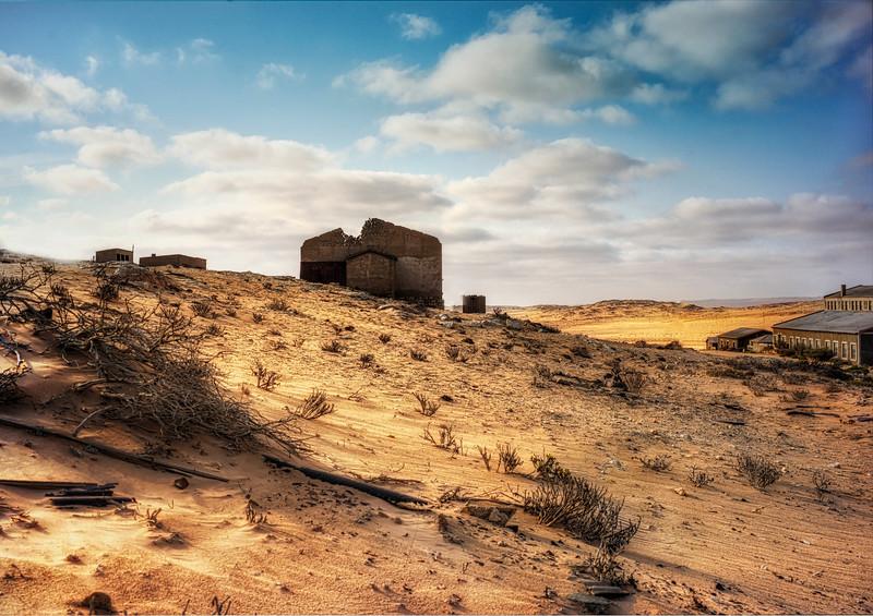 Kolmanskop-hill.jpg