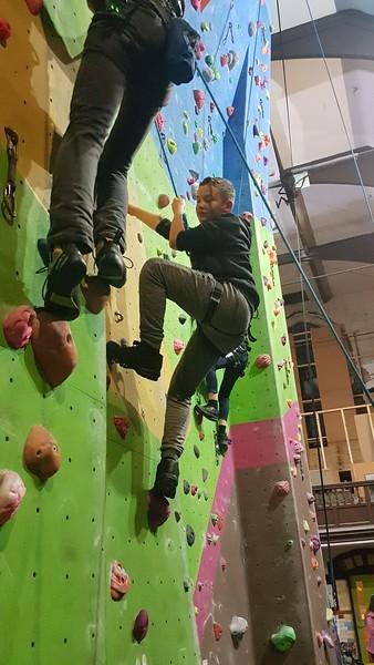 2019-11-12 Scouts Climbing at Kilnworx