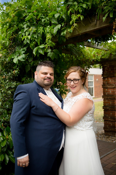 Mr and Mrs Lee-190.jpg