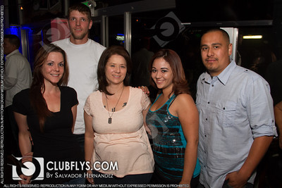 2014-05-23 [Famous Vodka Top Model Search, Bullfrogs Bar & Grill, Kingsburg, CA]