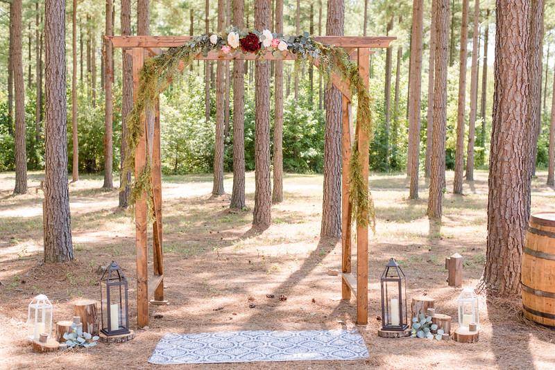 Lachniet-MARRIED-a-Pre-Ceremony-0200.jpg