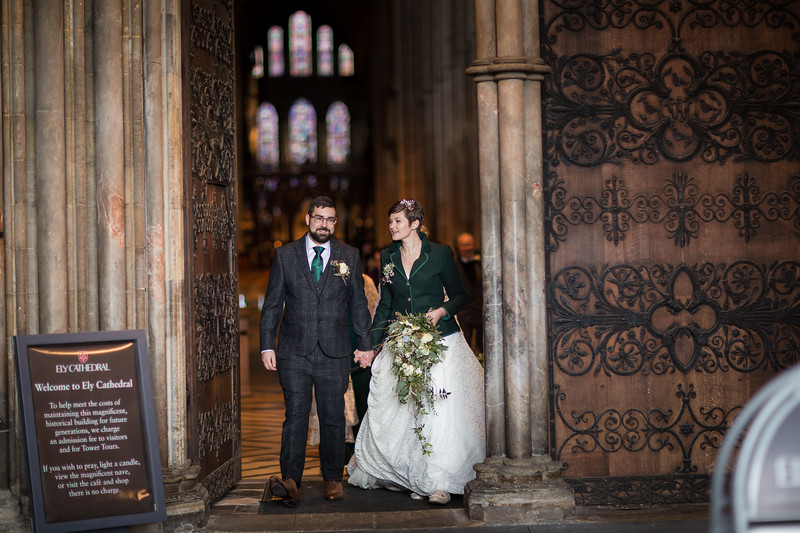 dan_and_sarah_francis_wedding_ely_cathedral_bensavellphotography (168 of 219).jpg