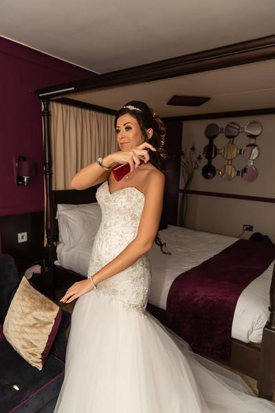 01 Bridal Prep-127.jpg