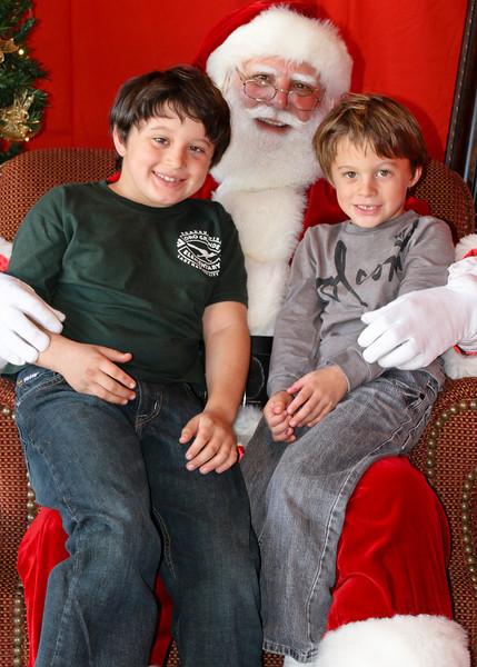 Santa Clause 11DEC2010-446Master.JPG