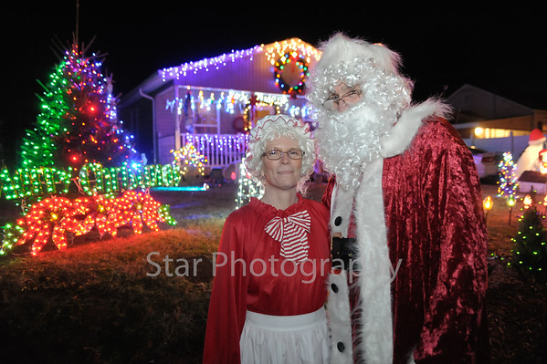 Santa at Lee Ave 12-12-2013