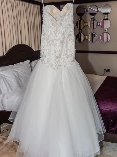 01 Bridal Prep-14.jpg