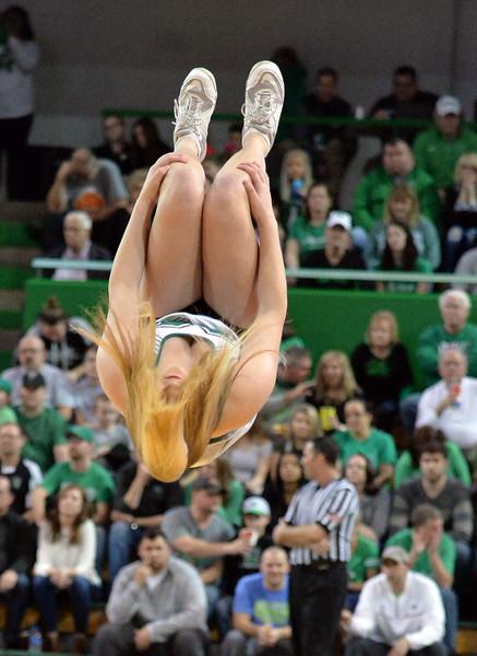cheerleaders2331.jpg