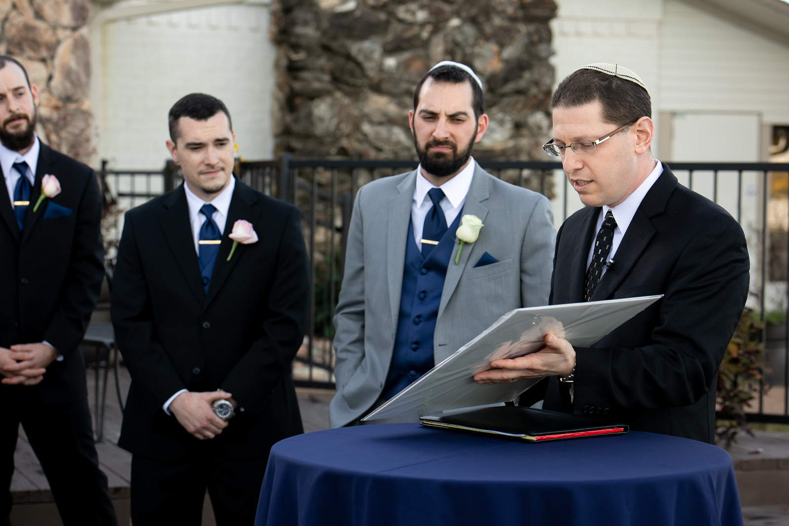 rabbi performing an outdoor wedding