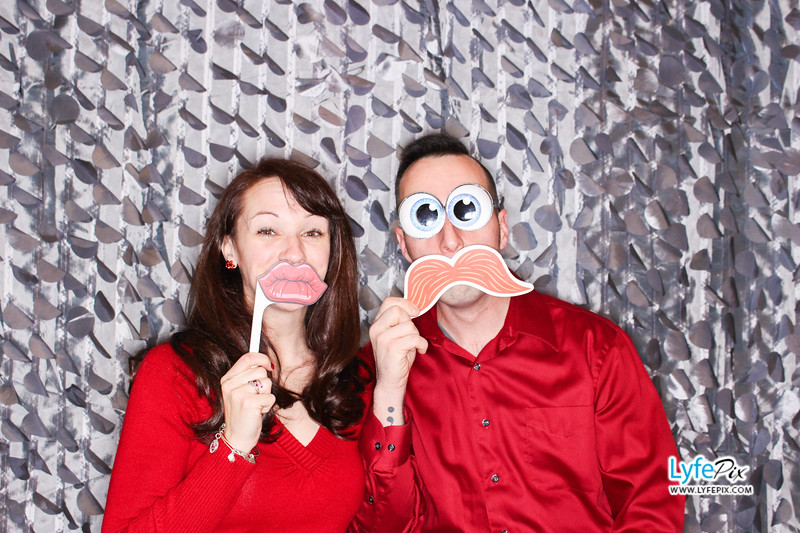 red-hawk-2017-holiday-party-beltsville-maryland-sheraton-photo-booth-0041.jpg