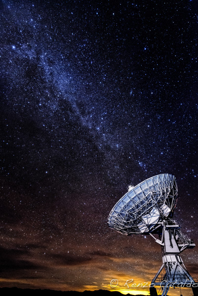 VLA and the Milky Way-2.jpg