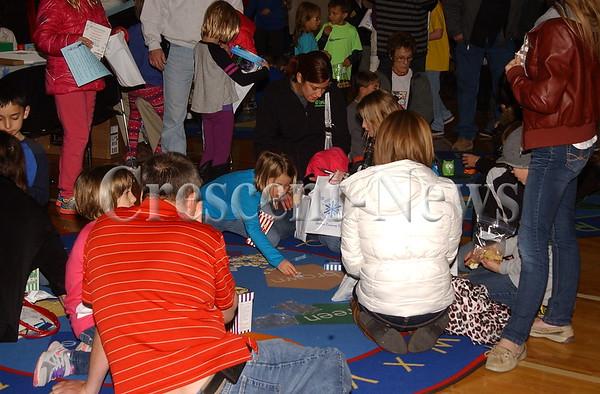 12-04-14 NEWS Defiance Elementary Literacy Night
