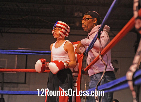 Robert Richards (Good Shephard) vs Isiah Stern (Cleveland Hts.)  125 Pound Division  [Bout #8]