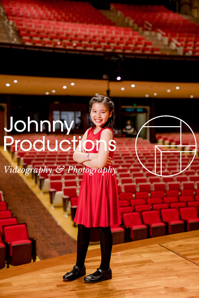 0058_day 1_SC junior A+B portraits_red show 2019_johnnyproductions.jpg