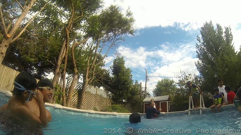 2014-08-23_InThePool@MunnyKakHomeWantaghNY_01.jpg