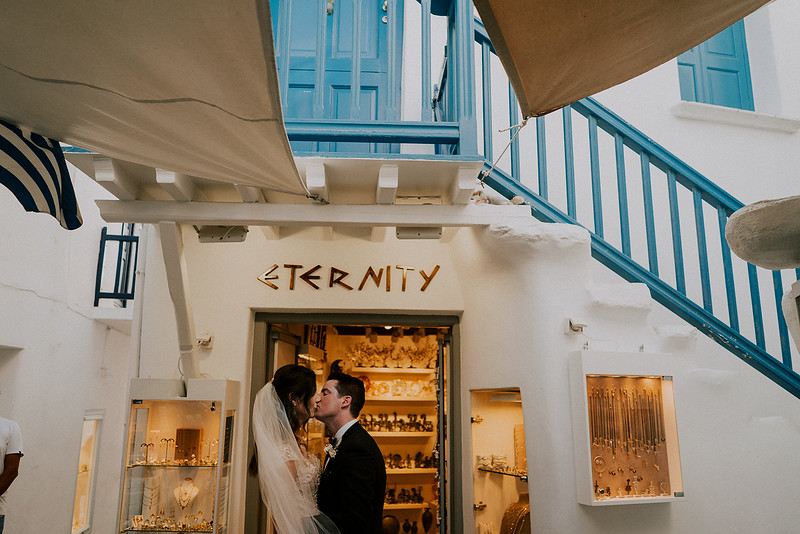 Tu-Nguyen-Destination-Wedding-Photographer-Mykonos-Katherine-Benji-339.jpg