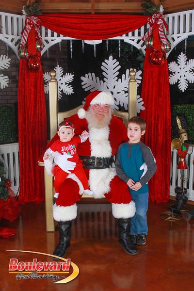 Santa 12-10-16-34.jpg