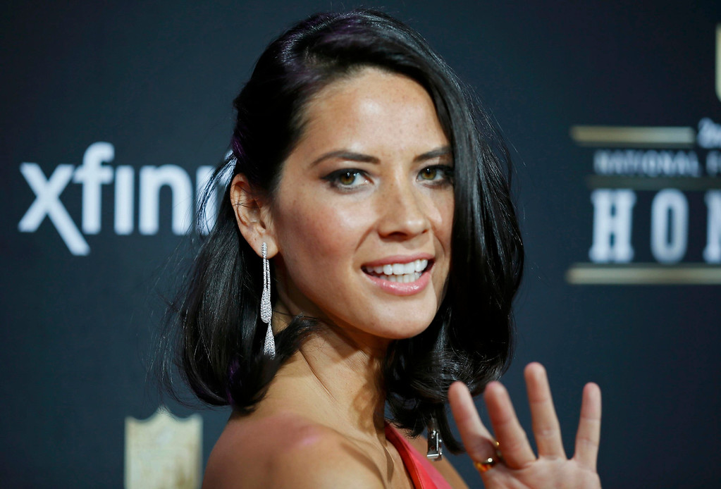 . \\Actress Olivia Munn arrives at the 2nd Annual NFL Honors in New Orleans, Louisiana, February 2, 2013. The San Francisco 49ers will meet the Baltimore Ravens in the NFL Super Bowl XLVII football game February 3.  REUTERS/Lucy Nicholson