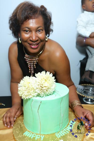 MAXINE GREAVES BIRTHDAY DINNER CELEBRATION 2020R-3133.jpg