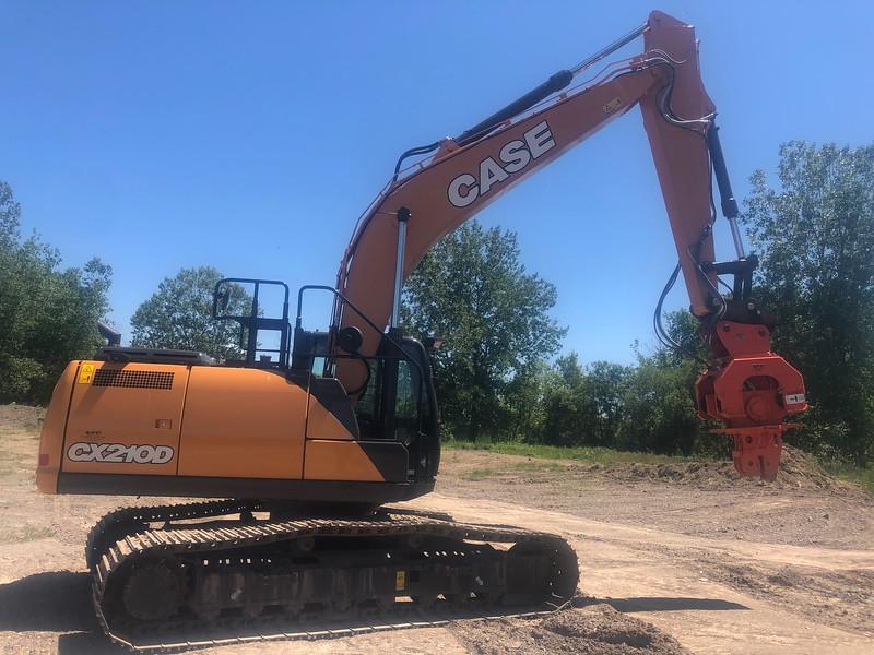 NPK C8CSD sheet pile driver on Case CX210D excavator - Monroe Tractor  06-20 (9).jpg
